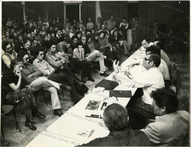 1973_Dibattito Sala Sirenella, Casa Popol Corazza, su Cile